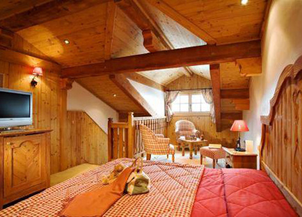 Room in Hotel Le Chabichou in Courchevel 1850.