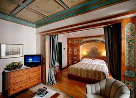 Room in Hotel Ancora.
