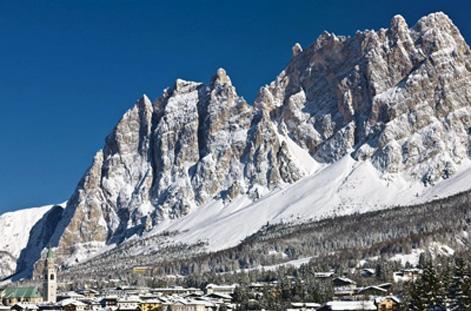 Peaks above Cortina.