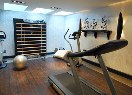 Gym in Hotel Eastwest.